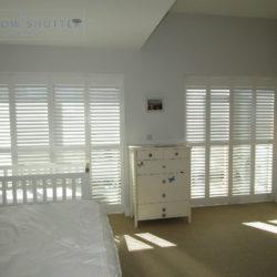 Full height mid rail shutter Boston Premium Pure White 63mm hidden tilt control bedroom modern house Brighton 1 0616