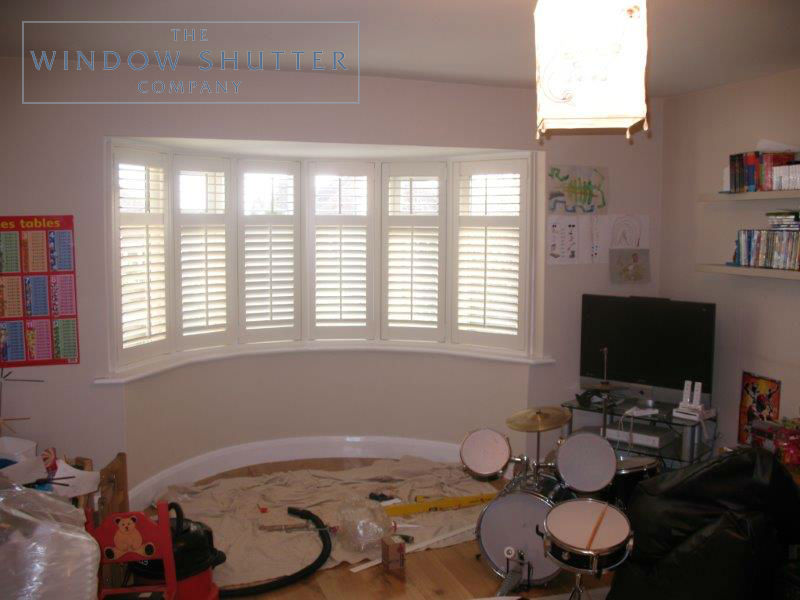 How to measure window shutters curved bay