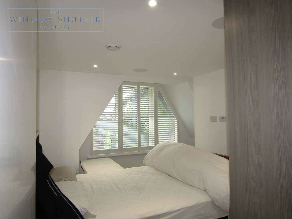 Shaped shutter Seattle easy-tilt bedroom 2 new build Teddington London 2 0616