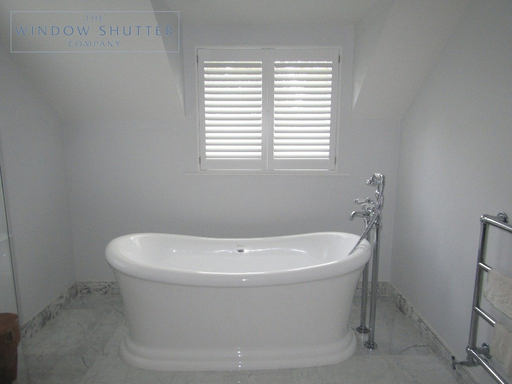 Full height shutters Hollywood, in Pure White, bathroom regular window, in Esher, Surrey