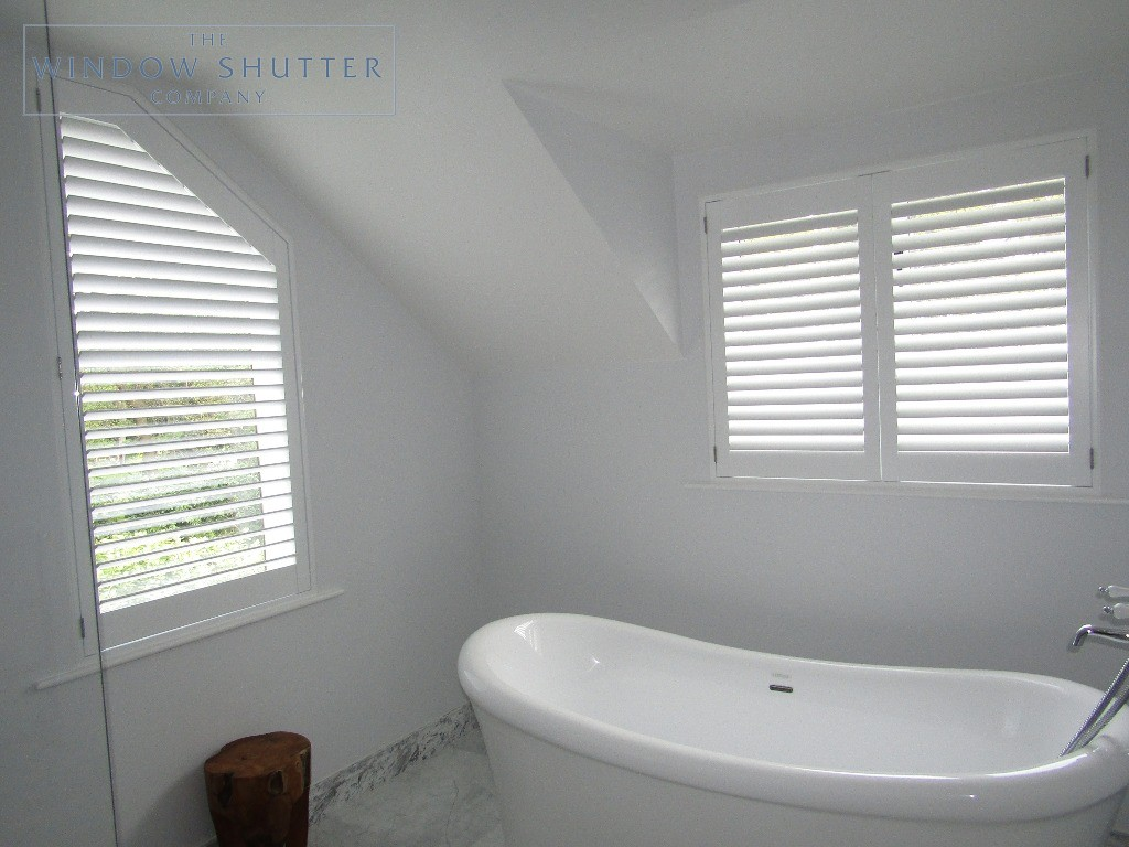 Full height shutters Hollywood, in Pure White, bathroom regular windows, in Esher, Surrey