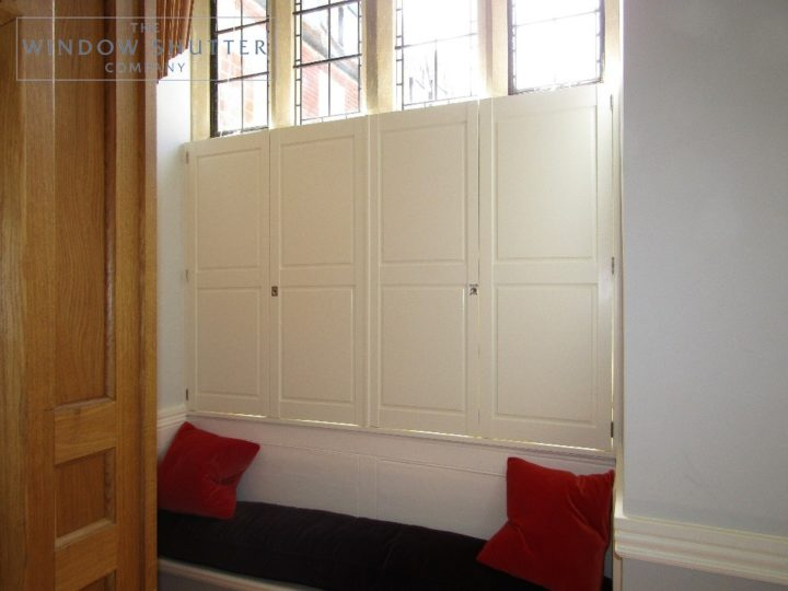 Cafe style solid shutters, Boston Premium hardwood, Bright White, entrance hall, Haywards Heath