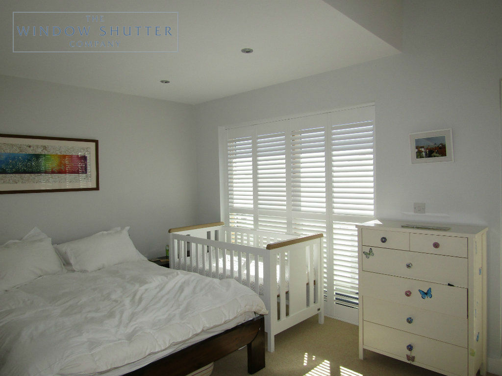 Full height mid rail shutter Boston Premium Pure White 63mm hidden tilt control bedroom modern house Brighton 2 0616