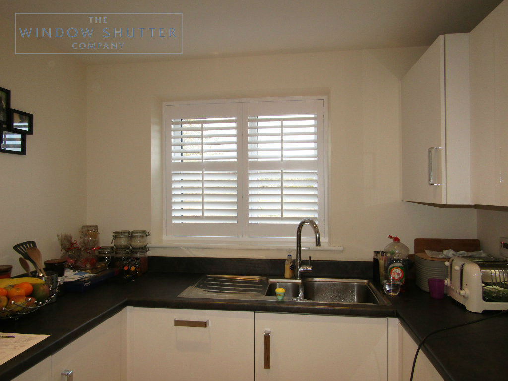 Full height mid rail shutter Seattle Pure White 63mm tilt rod straight window kitchen new build Horsham 1 1116