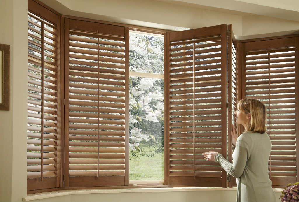 Why should I choose window shutters instead of curtains or blinds 2