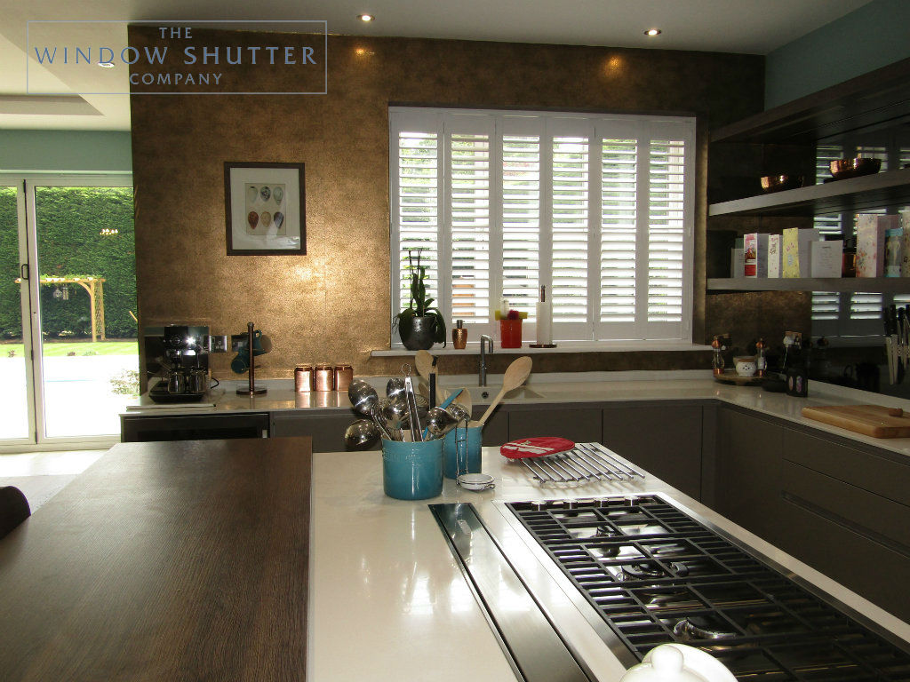 Full height hidden split shutter Boston Premium Pure White 63mm hidden tilt straight window kitchen new build Kingswood 2 0717