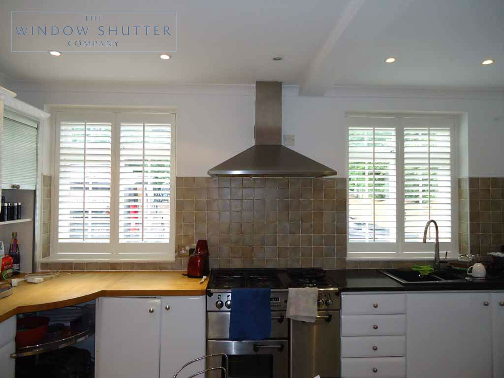 Full Height shutter Seattle tilt rod kitchen large house Fareham Hampshire 1 0610
