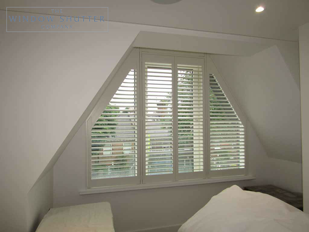 Shaped shutter Seattle easy-tilt bedroom 2 new build Teddington London 4 0616