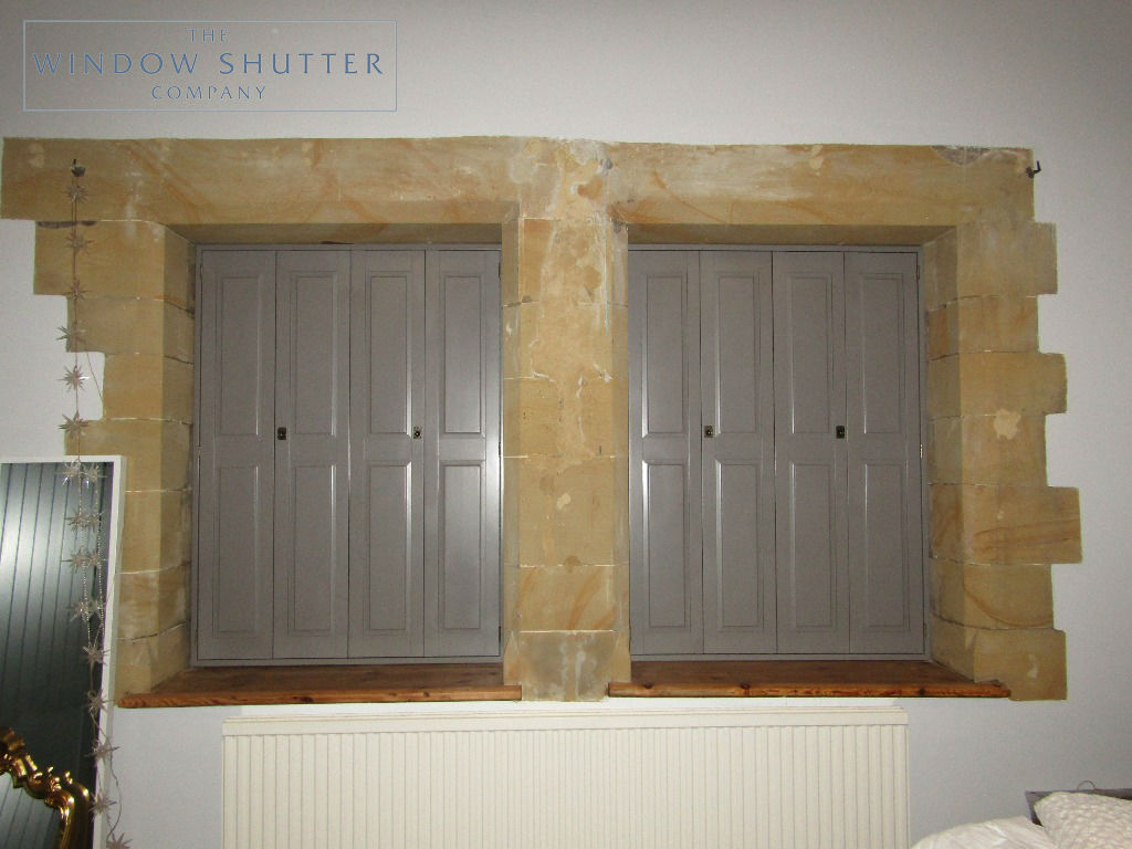 Solid shutters Boston premium hardwood mid-rail coloured period property East Grinstead Sussex 0319 3