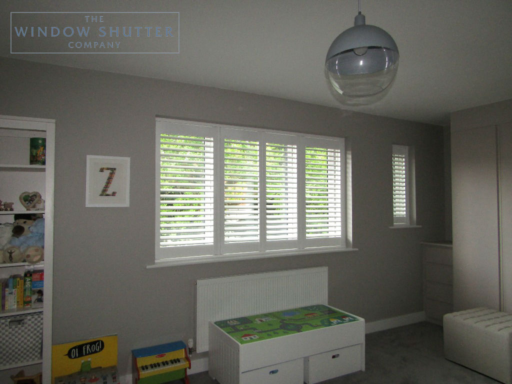 Shaped shutters Boston Premium bedroom 4 new build Bracknell Berkshire 0619 after